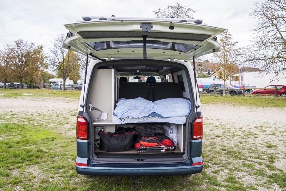 location van am nag volkswagen california 4 personnes partez en famille en totale libert. Black Bedroom Furniture Sets. Home Design Ideas