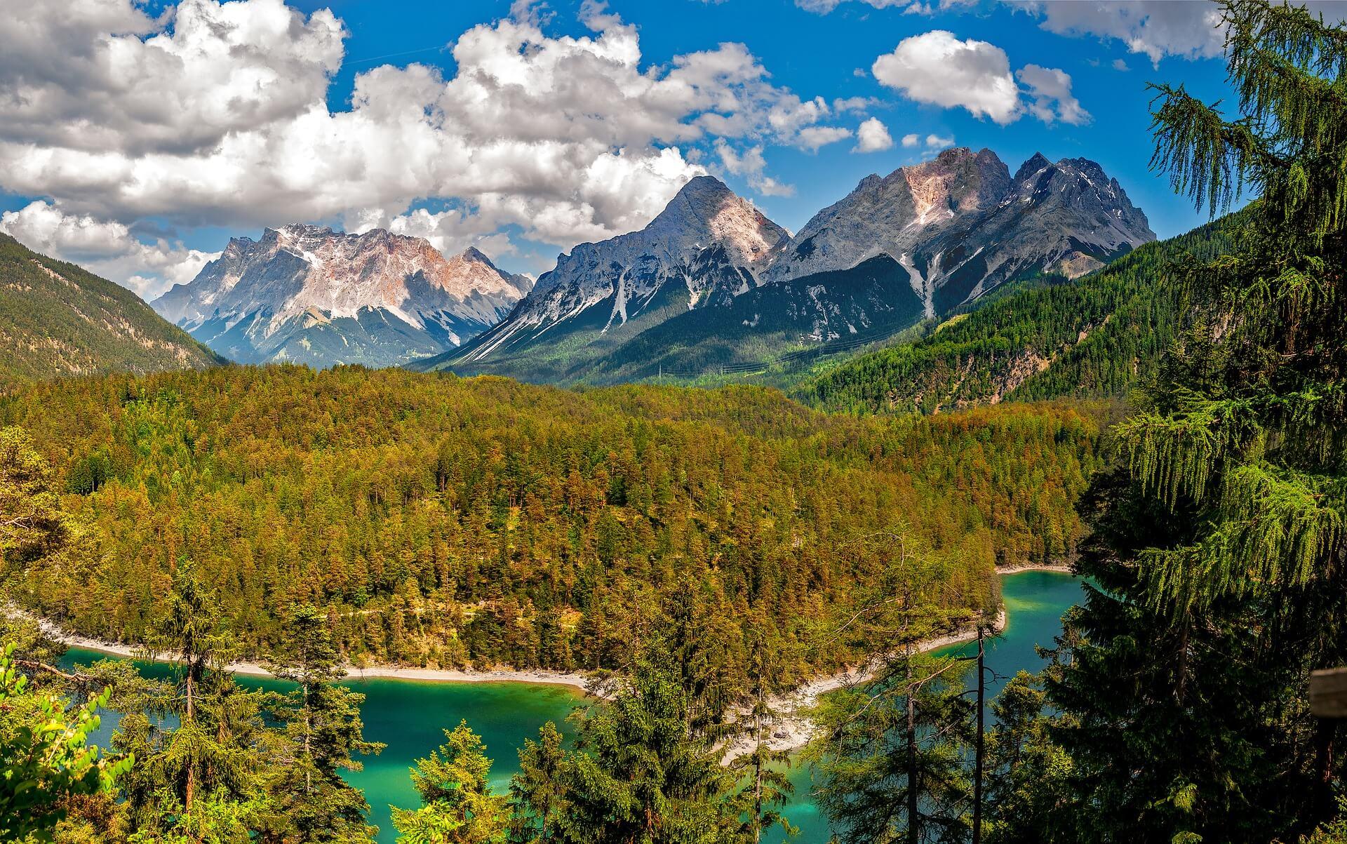 paysages-alpes-roadtrip-en-van-le-blog-freed-home-camper-le-blog-des-vans-amnags--freedom-camper