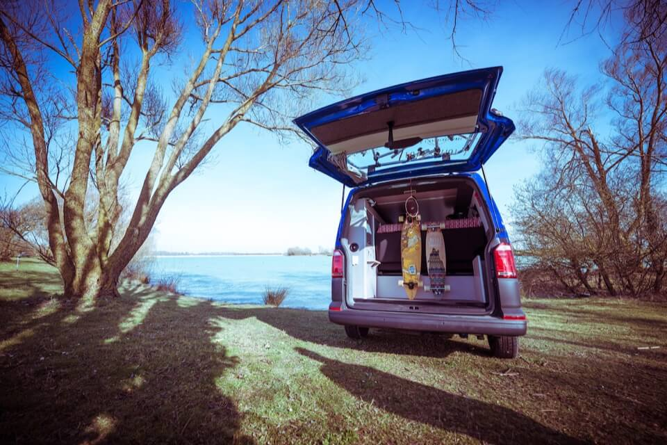 louez votre california campervan am nag waikato freed home camper paris. Black Bedroom Furniture Sets. Home Design Ideas