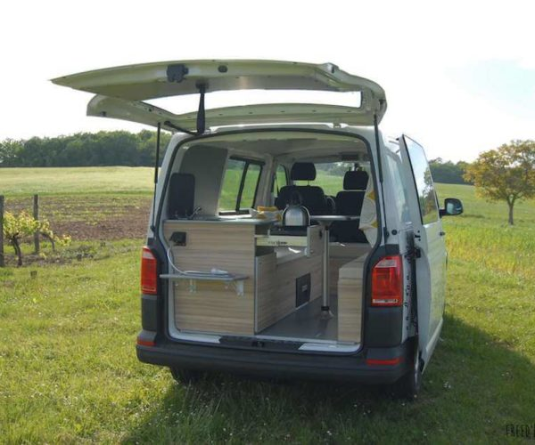 les-vans-amenages-location-van-amnag-2-personnes-lotago-freedom-camper