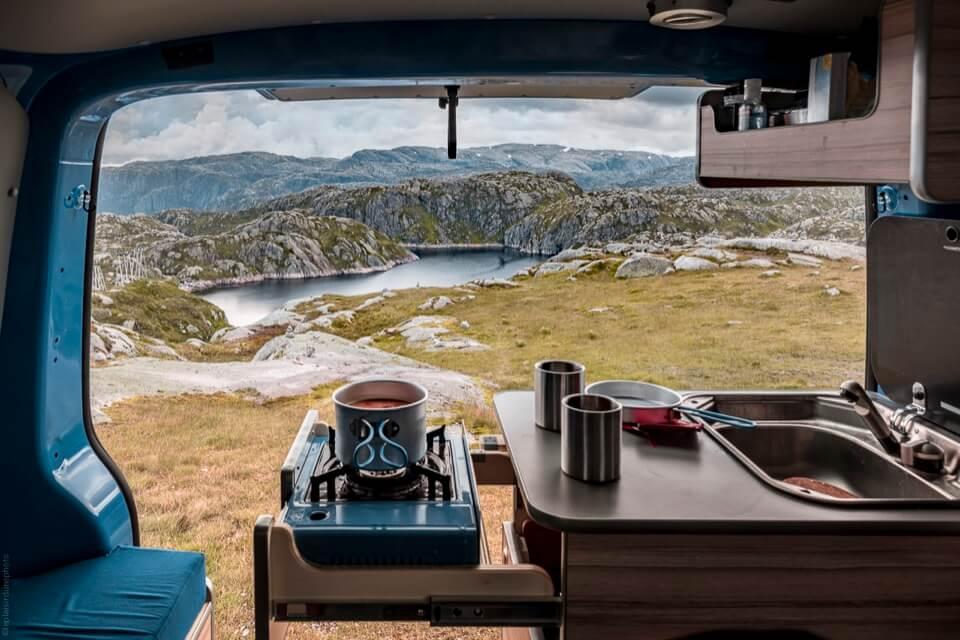 bienvenue-chez-freed-home-camper-loueur-de-vans-amnags-en-france-freed-home-camper