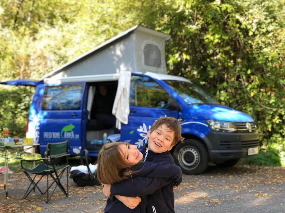 enfantslocationvolkswagencaliforniafreedhomecamper-freed-home-camper-location-van-amnag--paris-toulouse-et-angoulme-freed-home-camper