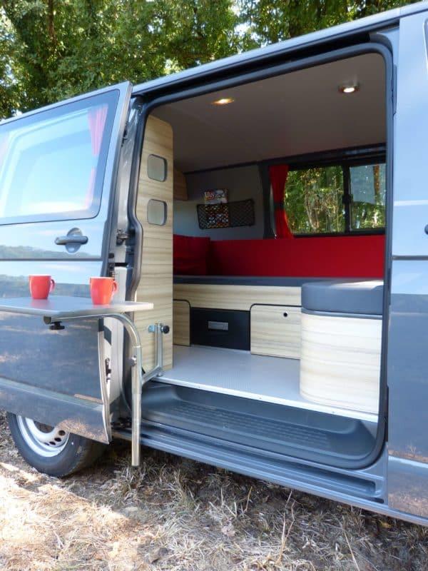 van-neuf-amenagement-north-east-van-mania-kit-amovible-freed-home-camper-agence-montage93-600x800 Le bon aménagement pour votre van