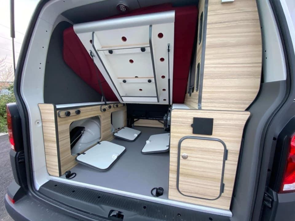 IMG_0051-Freedom-camper-location-volkswagen-campervan-van-amenagement-transporter-paris-toulouse-bordeaux-nantes- Acheter un van aménagé Volkswagen d'occasion