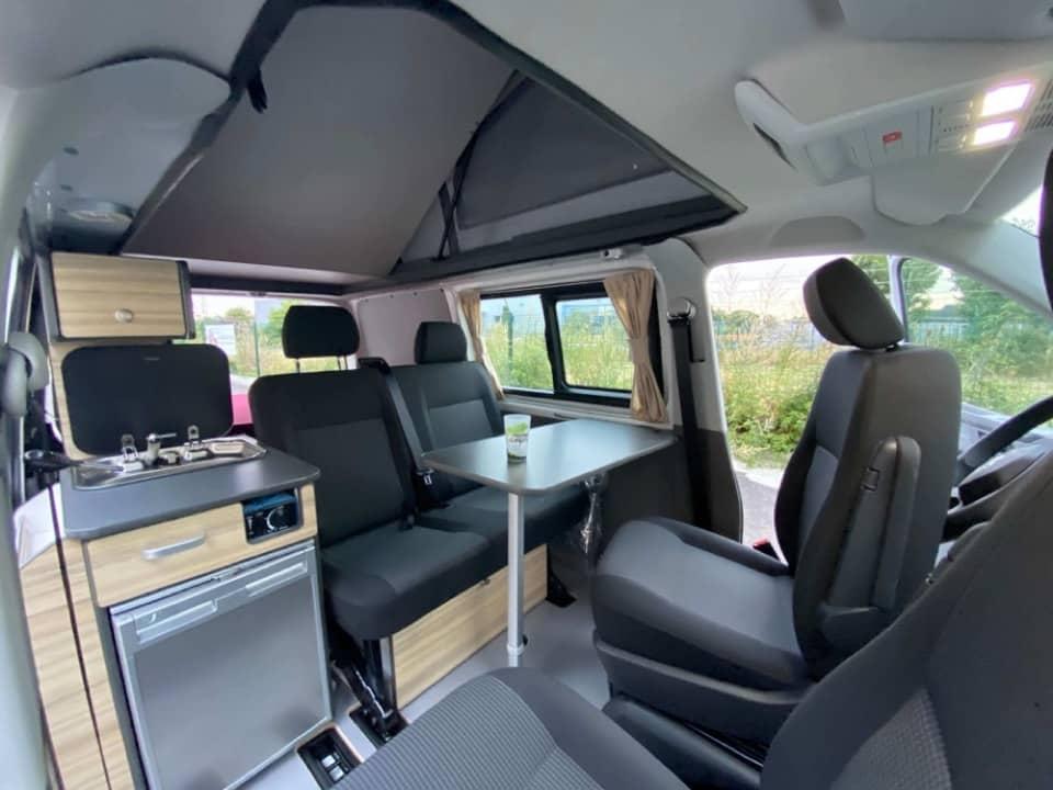IMG_3434-Freedom-camper-location-volkswagen-campervan-van-amenagement-transporter-paris-toulouse-bordeaux-nantes- Acheter un van aménagé Volkswagen d'occasion