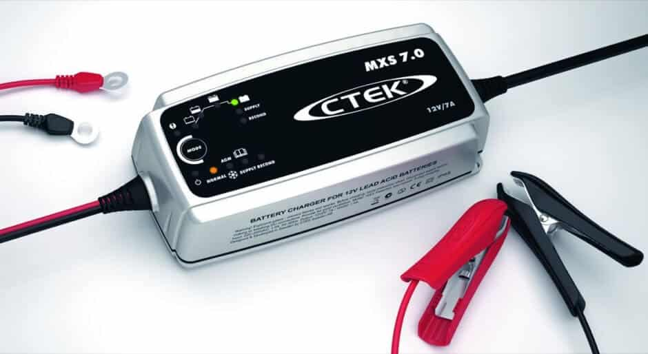 chargeur-batterie-ctek-campervan Aménager son van
